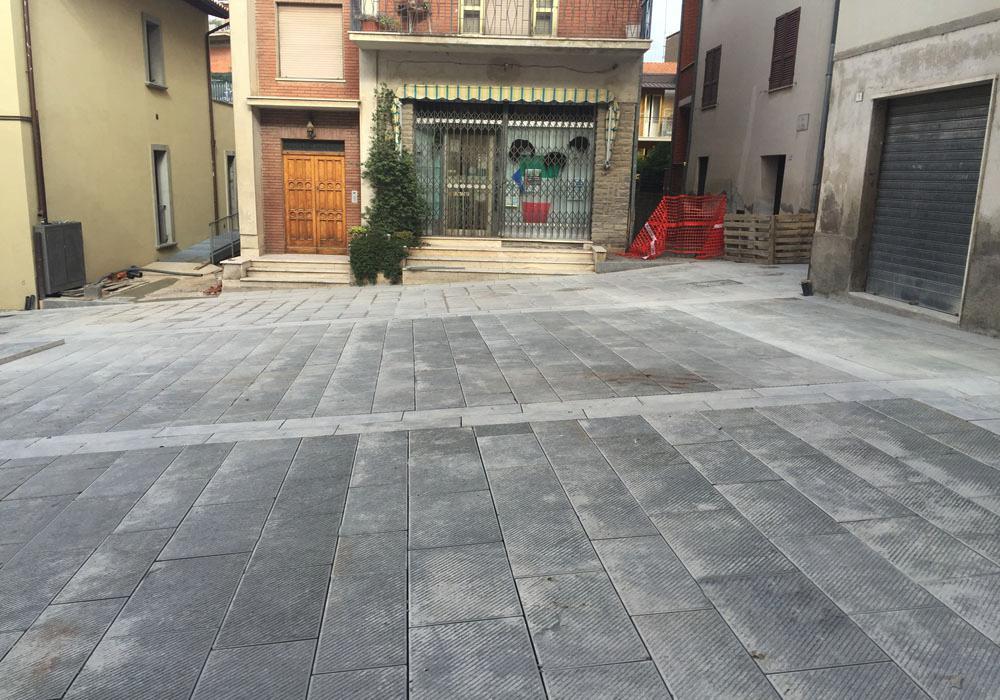 Piazza Tuoro sul Trasimeno da stuccare