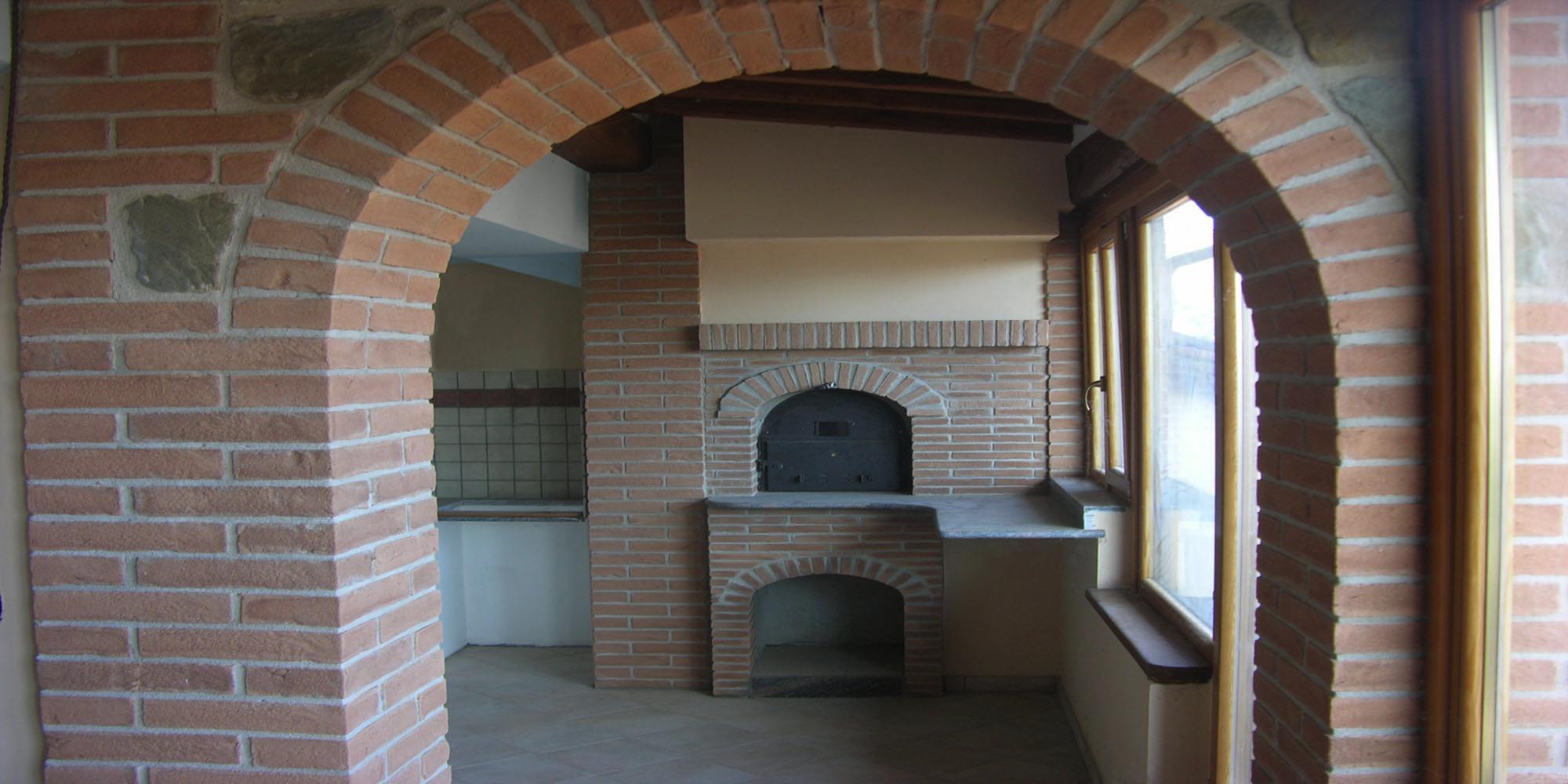 Interni e rifiniture immobiliare m2 s r l for Arco in mattoni a vista